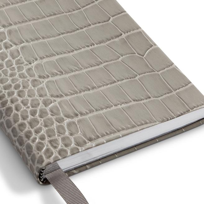 Mara Chelsea Notebook