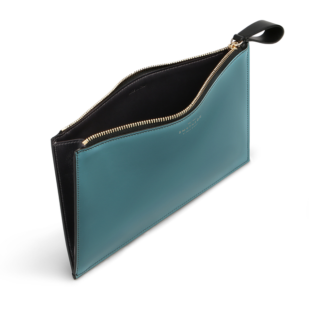 Gusseted Pouch in Smooth Leather