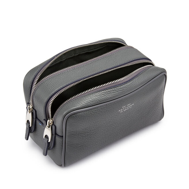 7c58b17cf1 Burlington Small Washbag Burlington Small Washbag