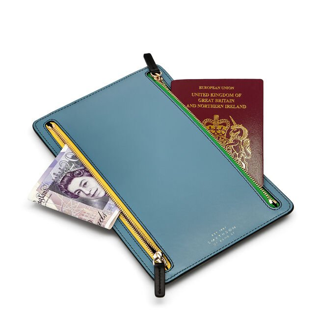 Zip Currency Case in Smooth Leather
