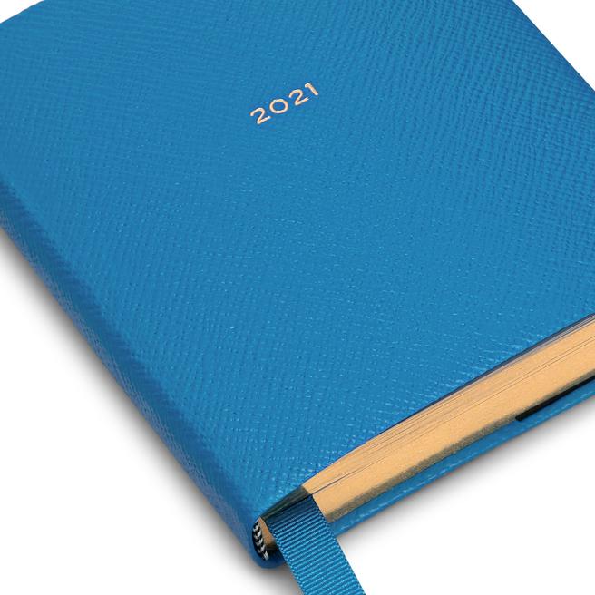 2021 Premier Fashion Diary Day-per-Page