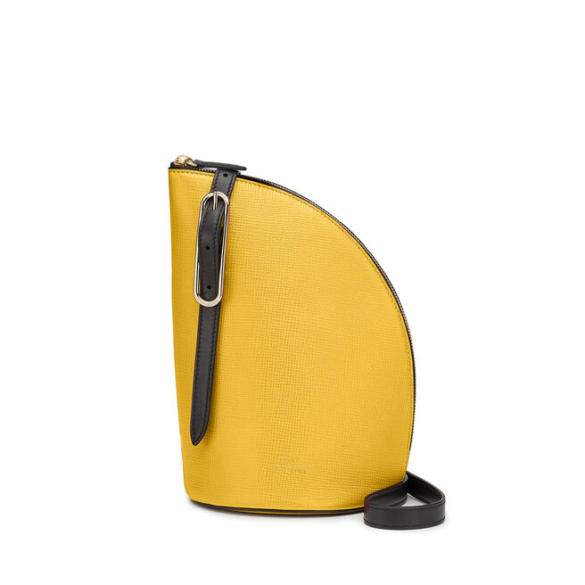 1/4 Moon Crossbody Bag in Crossgrain Leather