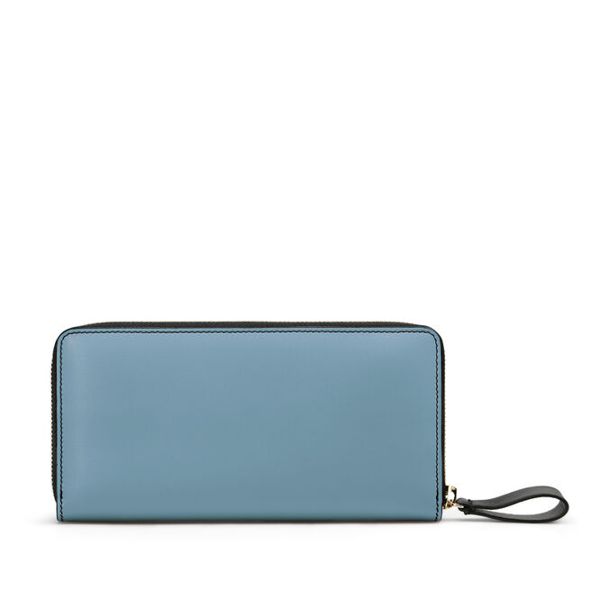 Large Zip Around Purse in Smooth Leather