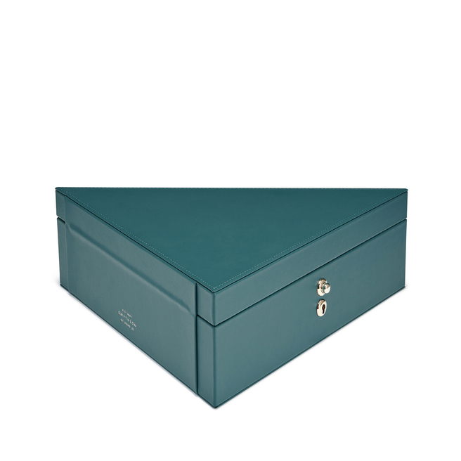 Bond Triangle Box