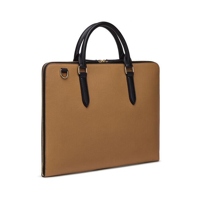 Slim Case in Crossgrain Leather