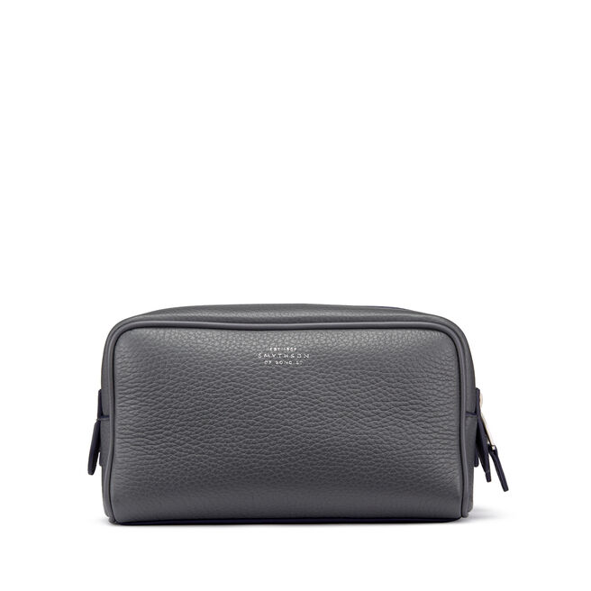 70bf51599c Men s Leather Washbags