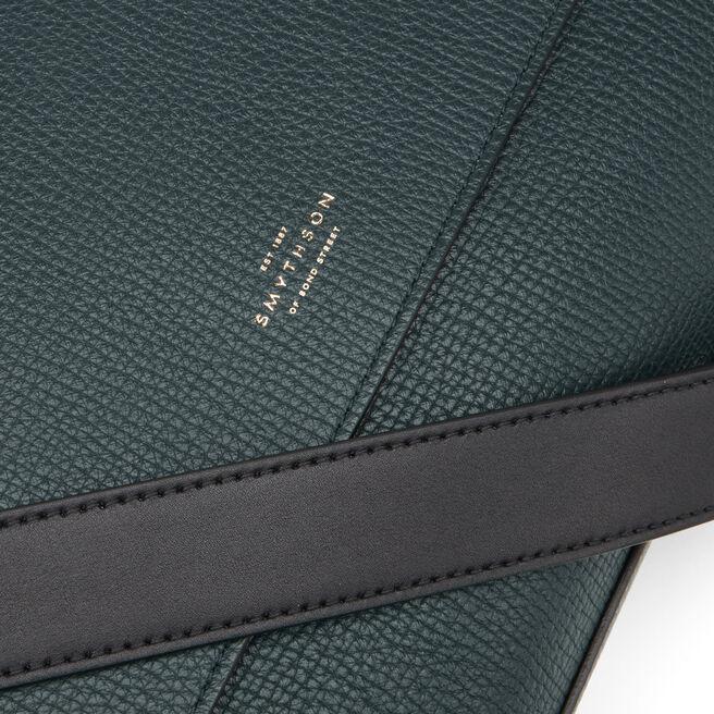 Messenger Bag in Large Grain Leather